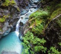 Die Gornerschlucht, ein Naturjuwel in Zermatt. Ausgewaschen seit 220 Mio Jahren.
