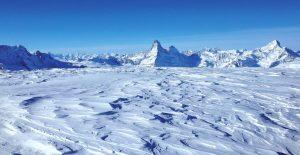 Winter Zermatt Taeschhuette