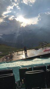 Freilichtspiele in Zermatt: Romeo und Julia - im Hintergrund das Matterhorn