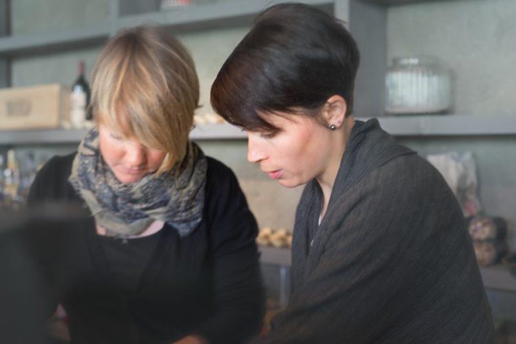Die Gruenderinnen des Cafés in Zermatt @ Homemade Café und Shop Zermatt