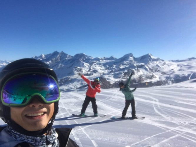 Ski lessons with ski school Zermatt