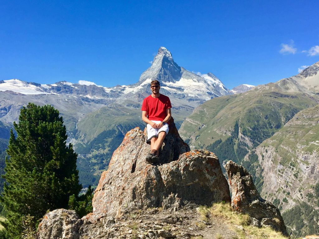 Wanderung in Zermatt zur Haengebruecke bei Randa