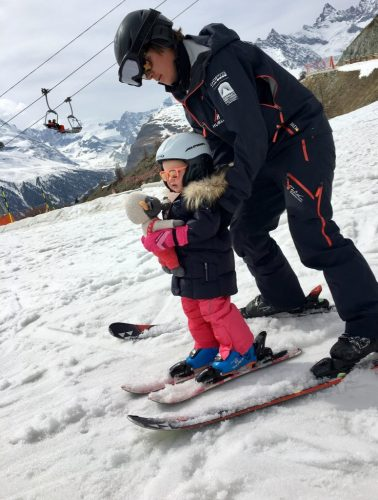 Faire du ski dans le Zermatt avec la famille
