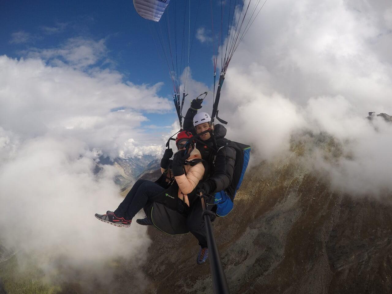 Tandem-Paragleiten in Zermatt