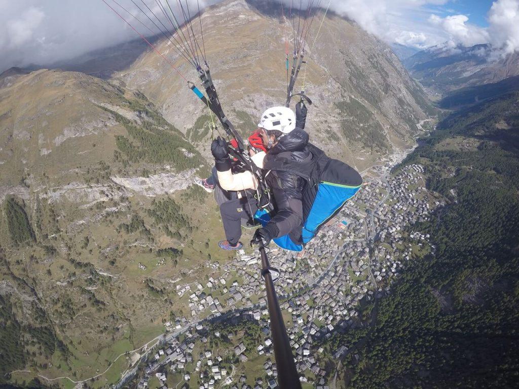 Tandem-Gleitschirmfliegen in Zermatt