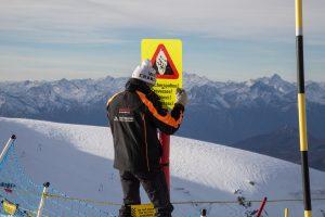 Pistenkontrolle in Zermatt