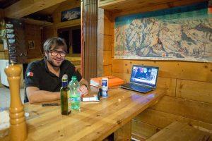Pause in Zermatt auf Testa Grigia bei Erik