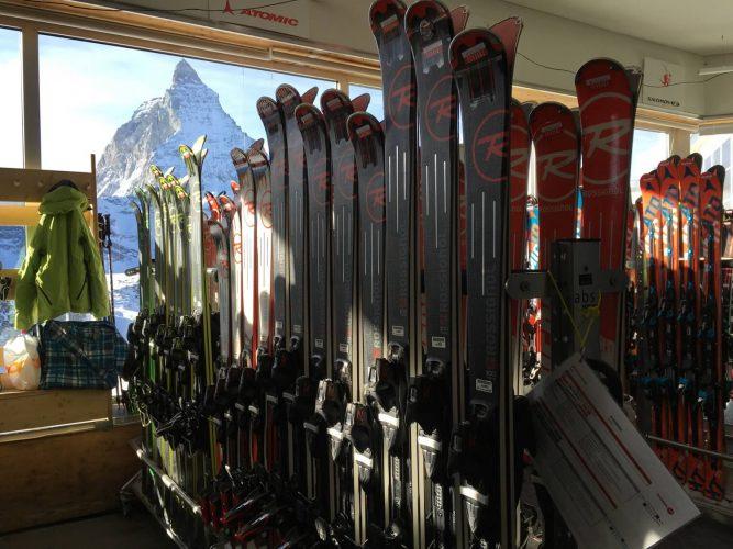 Die neuesten Ski testen - im Ski-Test Center am Trockener Steg in Zermatt