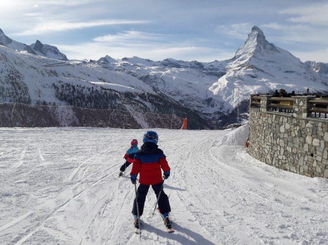 Skifahren mit Kindern in Zermatt auf Sunnegga