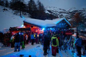 Après-Ski am Abend