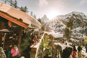 Après-Ski Bar auf Matterhorn Sicht
