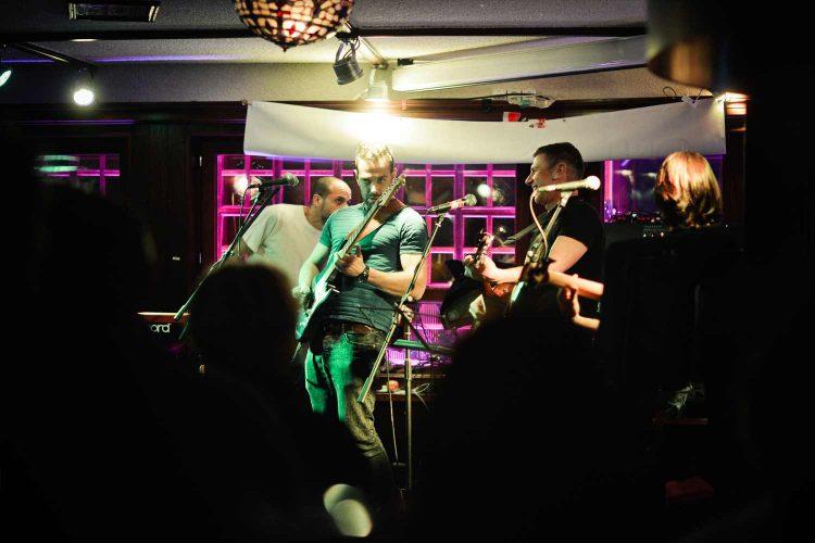 Papperla Pub Band