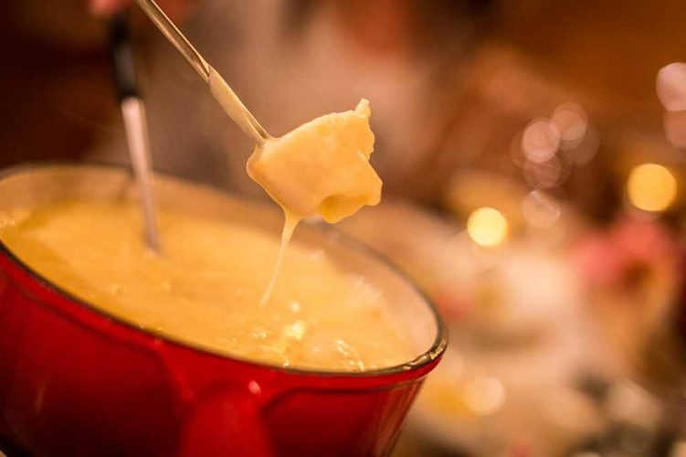 traditionnelle fondue au fromage