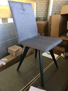 Die neuen Stühle weisen auf ein edles, neues Design hin