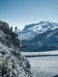 Klettersteig mit Bergpanorama
