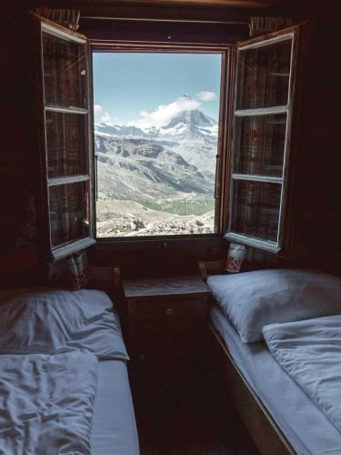 Bedroom with panorama view