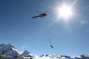 Unterlastflug Helikopter